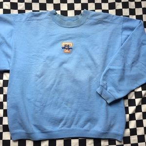 Tops - Vintage lady volunteers crew neck